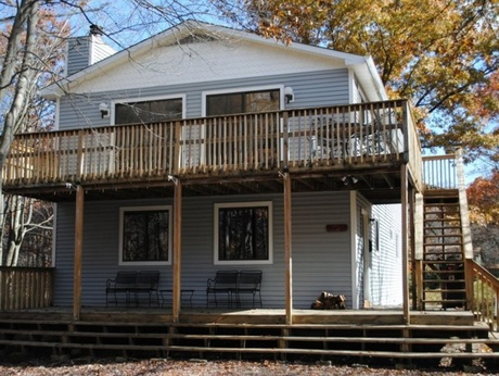 Pocono House Rental With Game Room