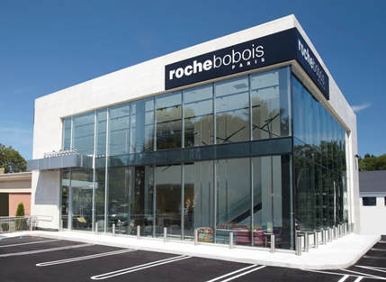 roche bobois opening of their new manhasset li show room. Black Bedroom Furniture Sets. Home Design Ideas